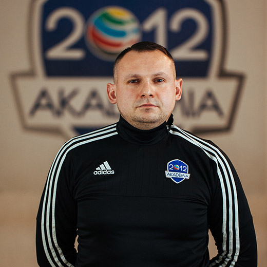 https://www.akademia2012.jaw.pl/wp-content/uploads/2021/01/trener-08.jpg